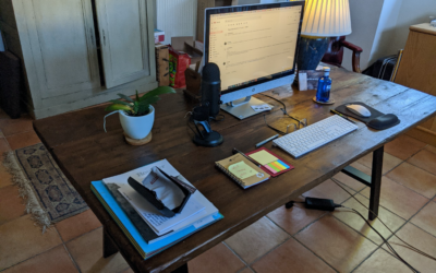 What has a home-made desk got to do with entrepreneurialism and NLP online training?!